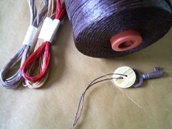 便利な蝋引き紐